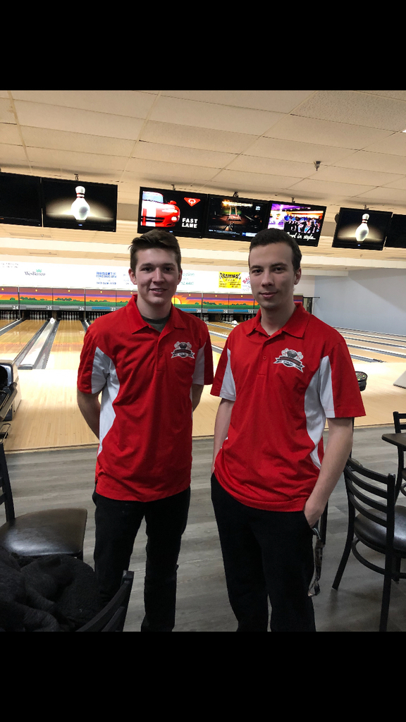 Congratulations to the Men's Bowling team for a great showing at the Sectional Tournament and a HUGE congrats to Kody Swinford and Noah Douglas for qualifying for Districts next week in Dayton!