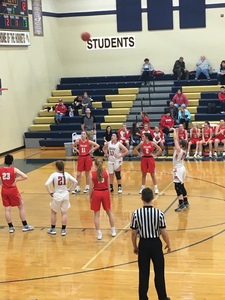 Lady Cardinals down 14-9 after the first quarter! Fight back Lady Cardinals!